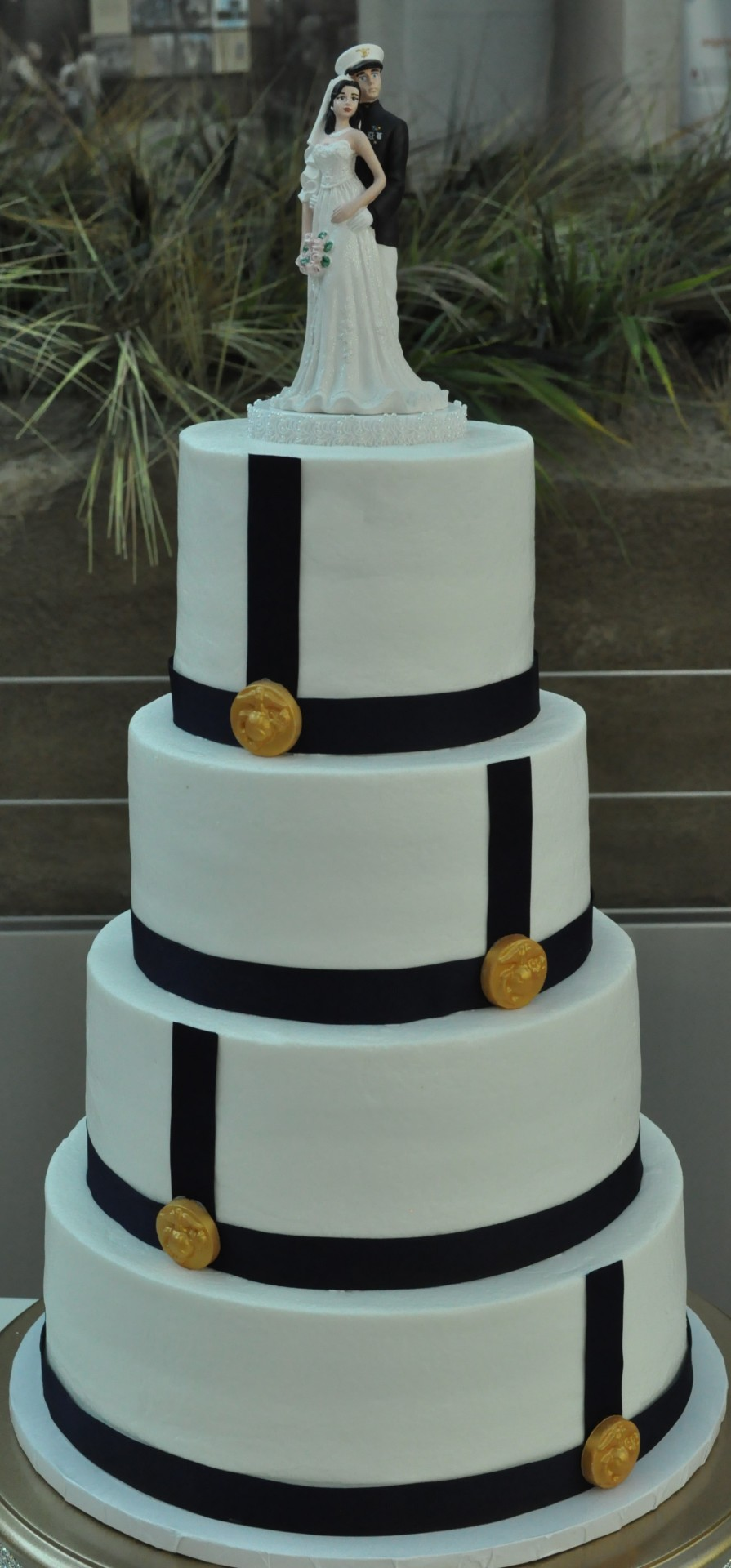Simple elegance for a marine couple!