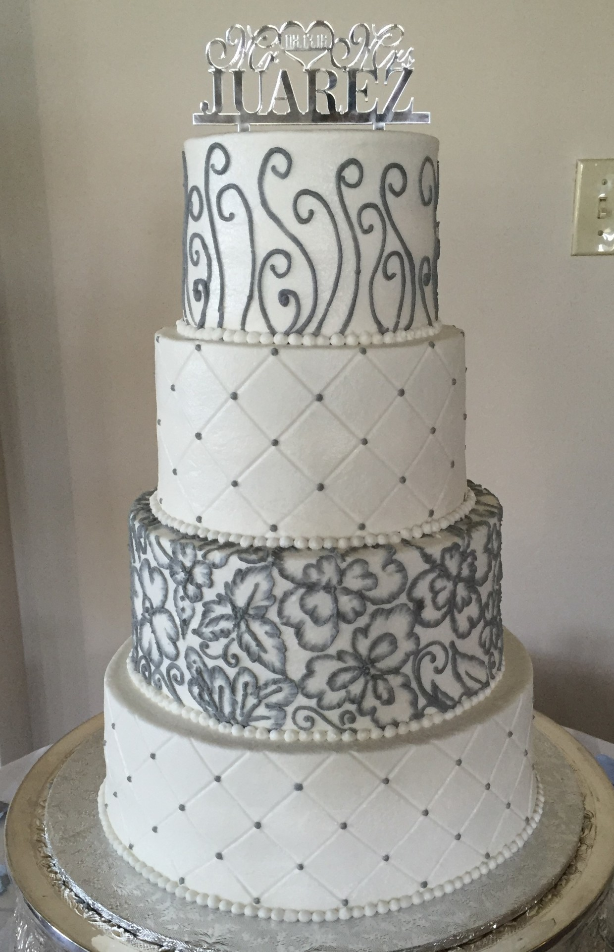 Gray embroidary and scrolls 4 tier