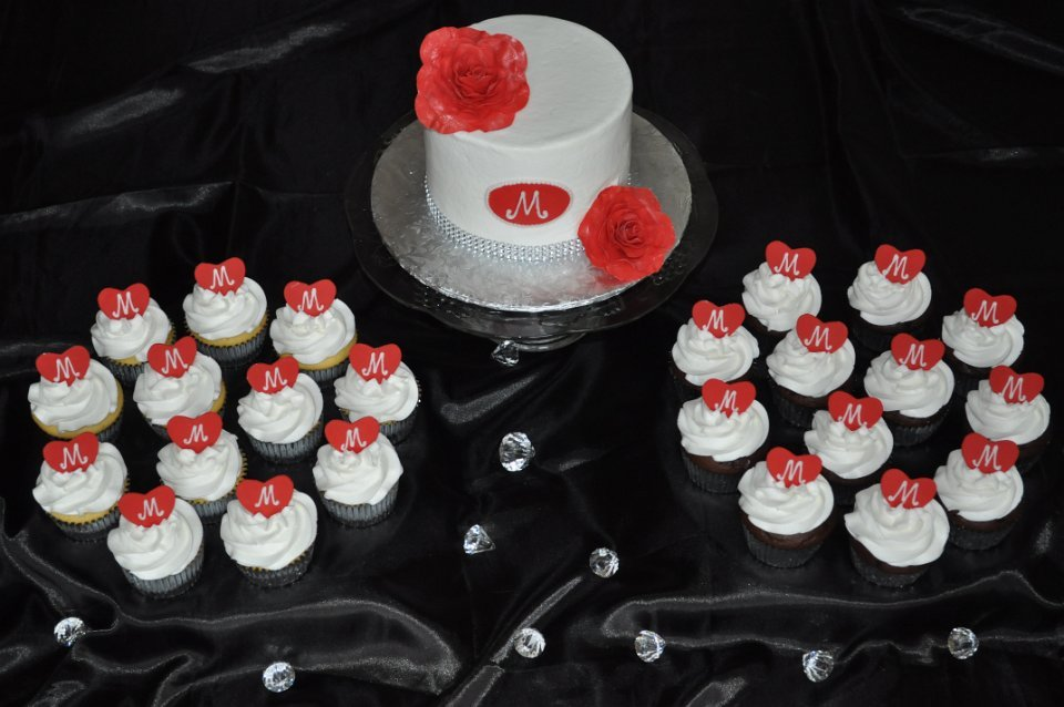 Small cupcake set up for a family reception