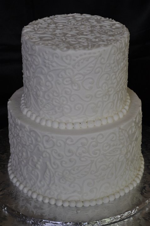 White freehand piping 2 tier