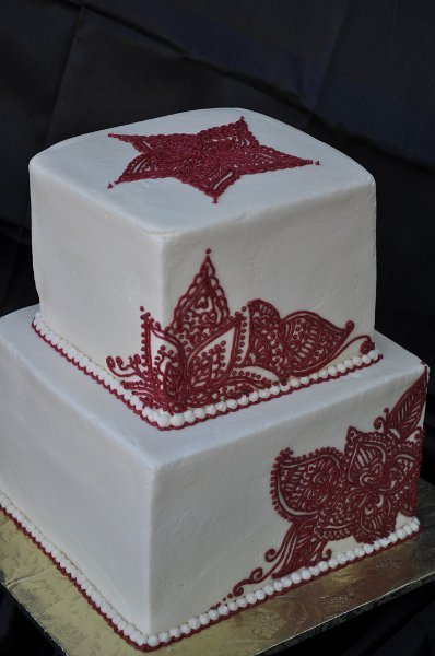 Maroon henna 2 tier square