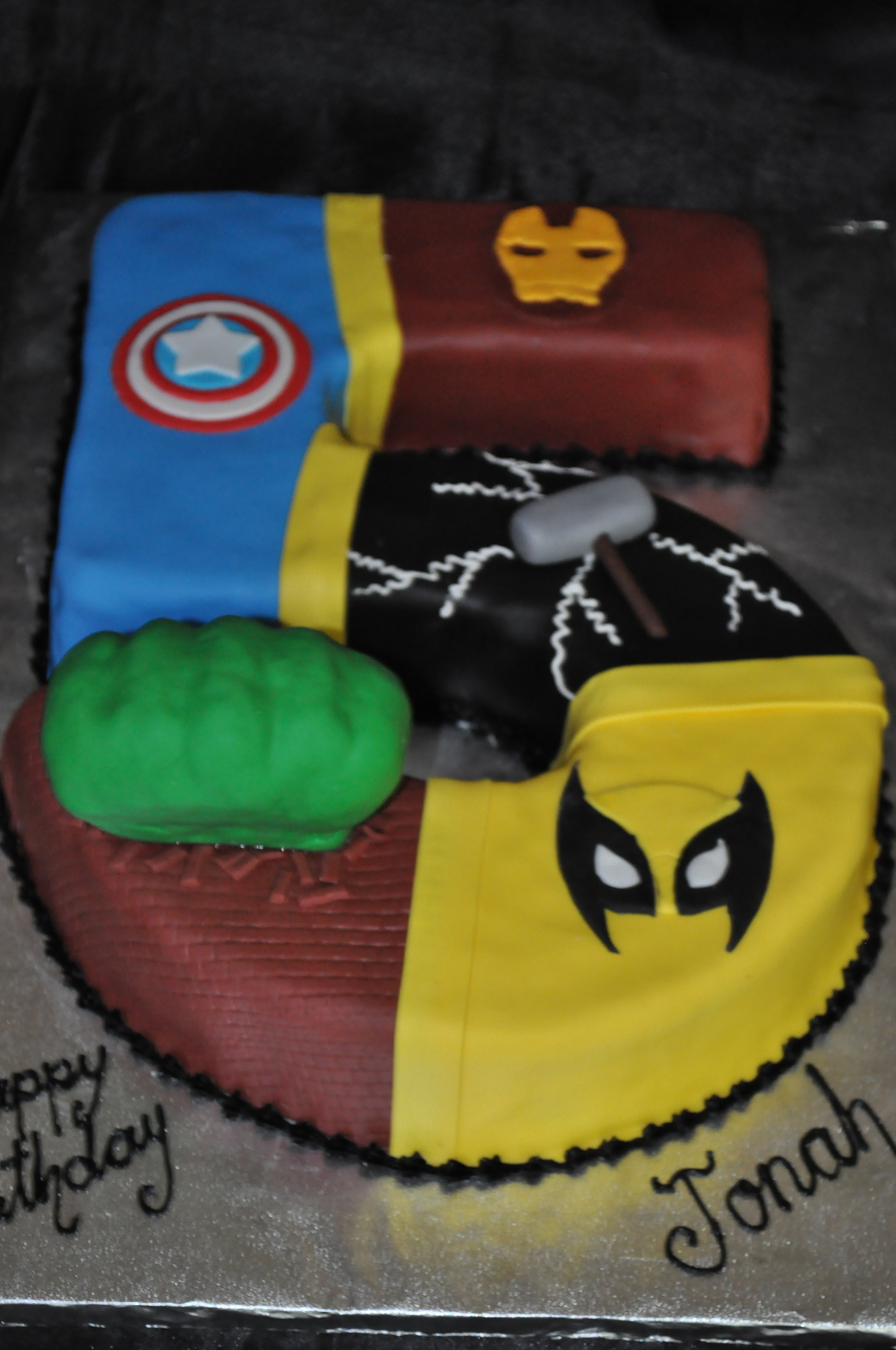 Superheros cake, number 5 cake