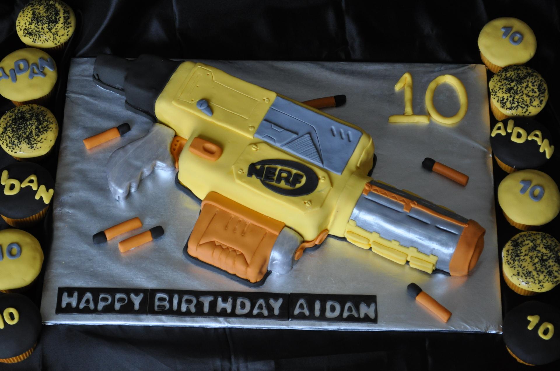 Nerf gun cake cupcakes