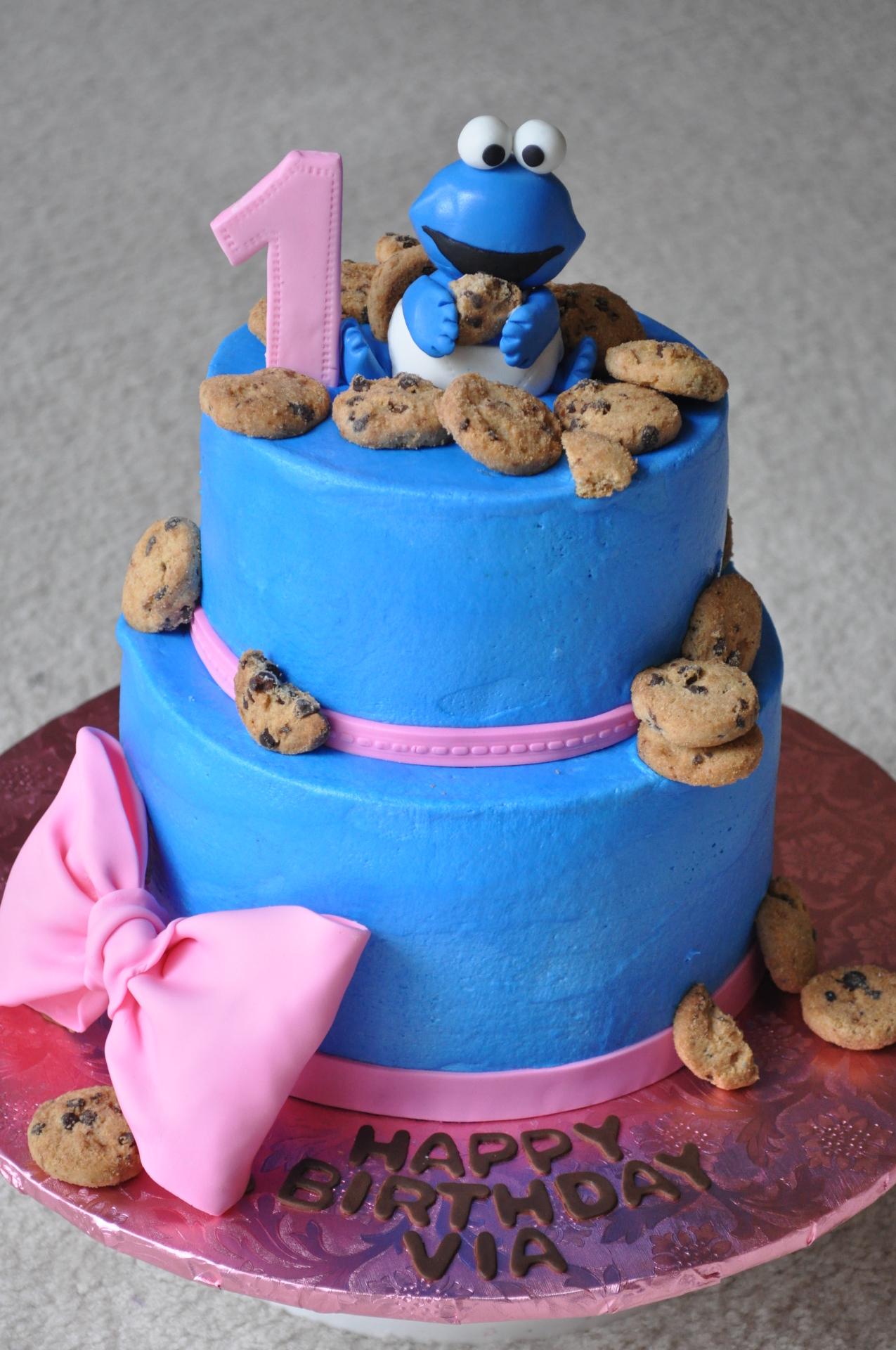 Cookie monster cake, Sesame street cake, 1st birthday cake