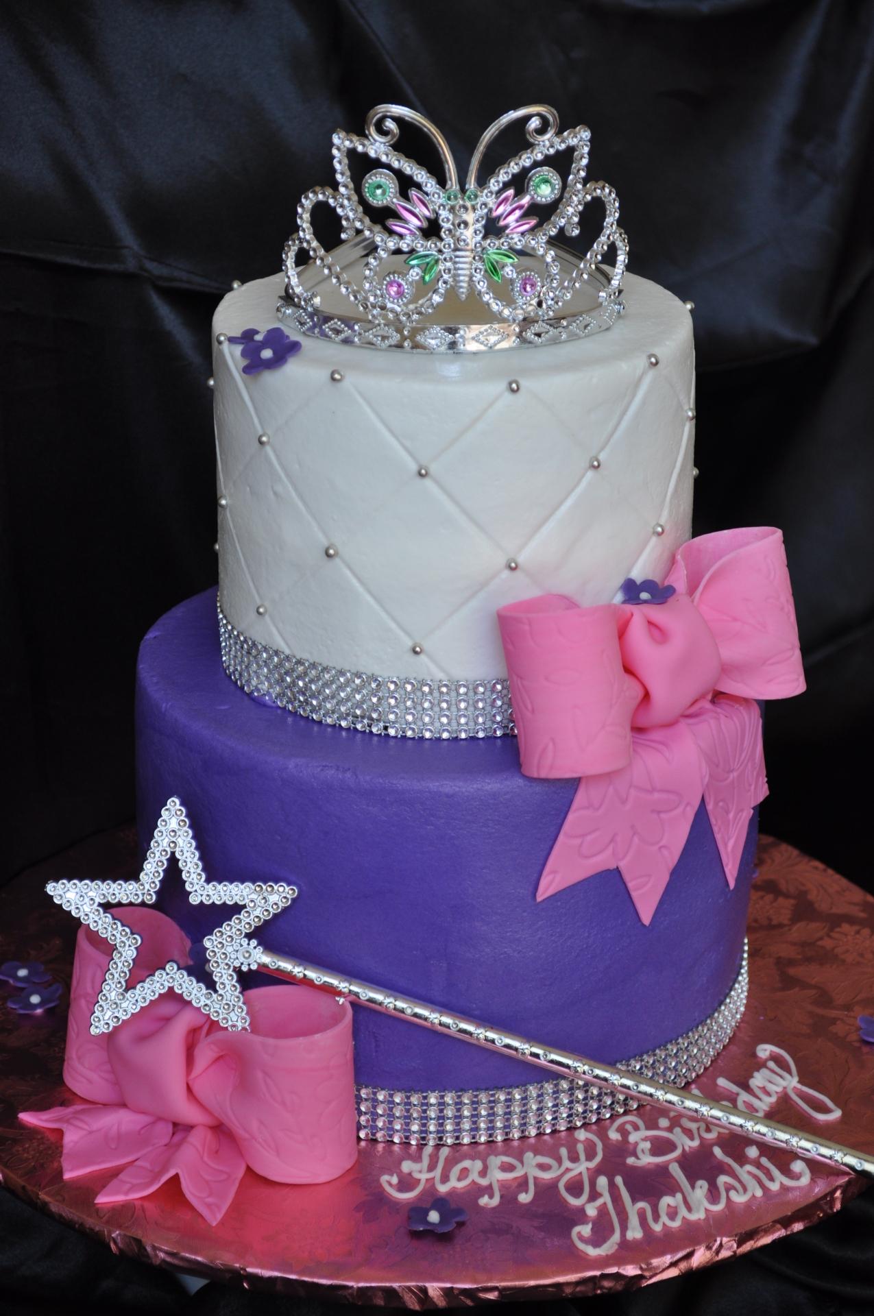 Princess tiara cake ,bow cake