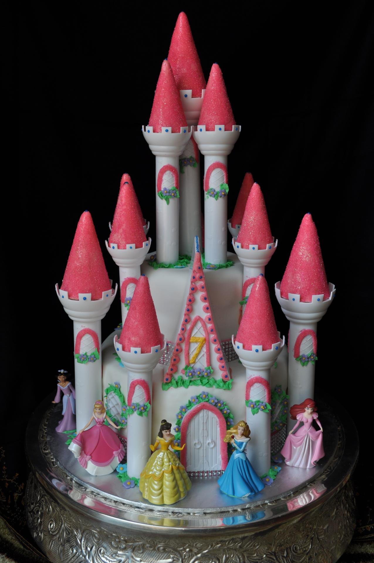 Castle cake, Disney castle cake, princess castle cake