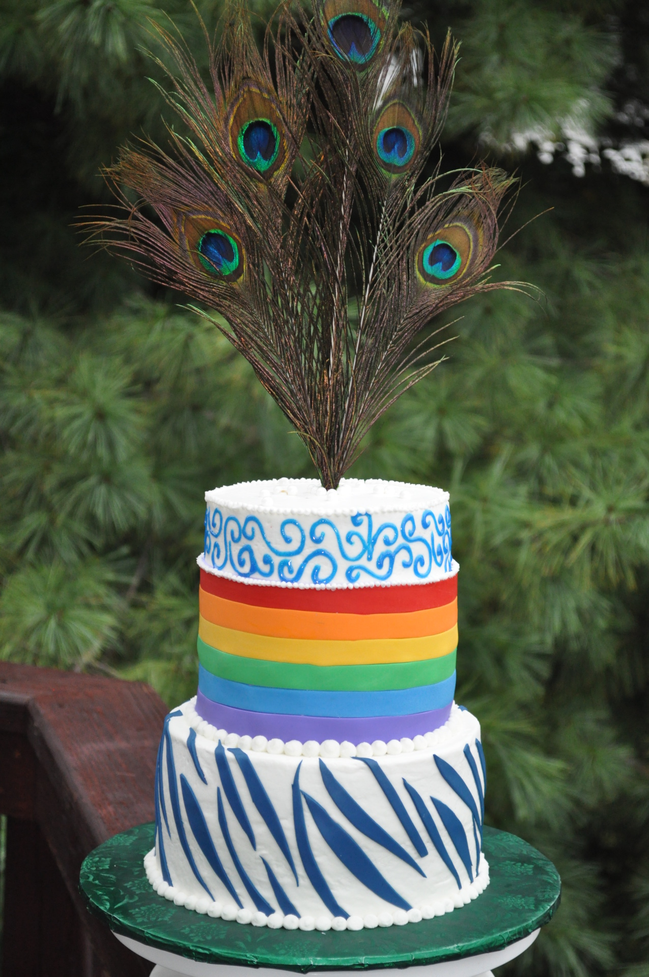 Rainbow cake, peacock feathers cake