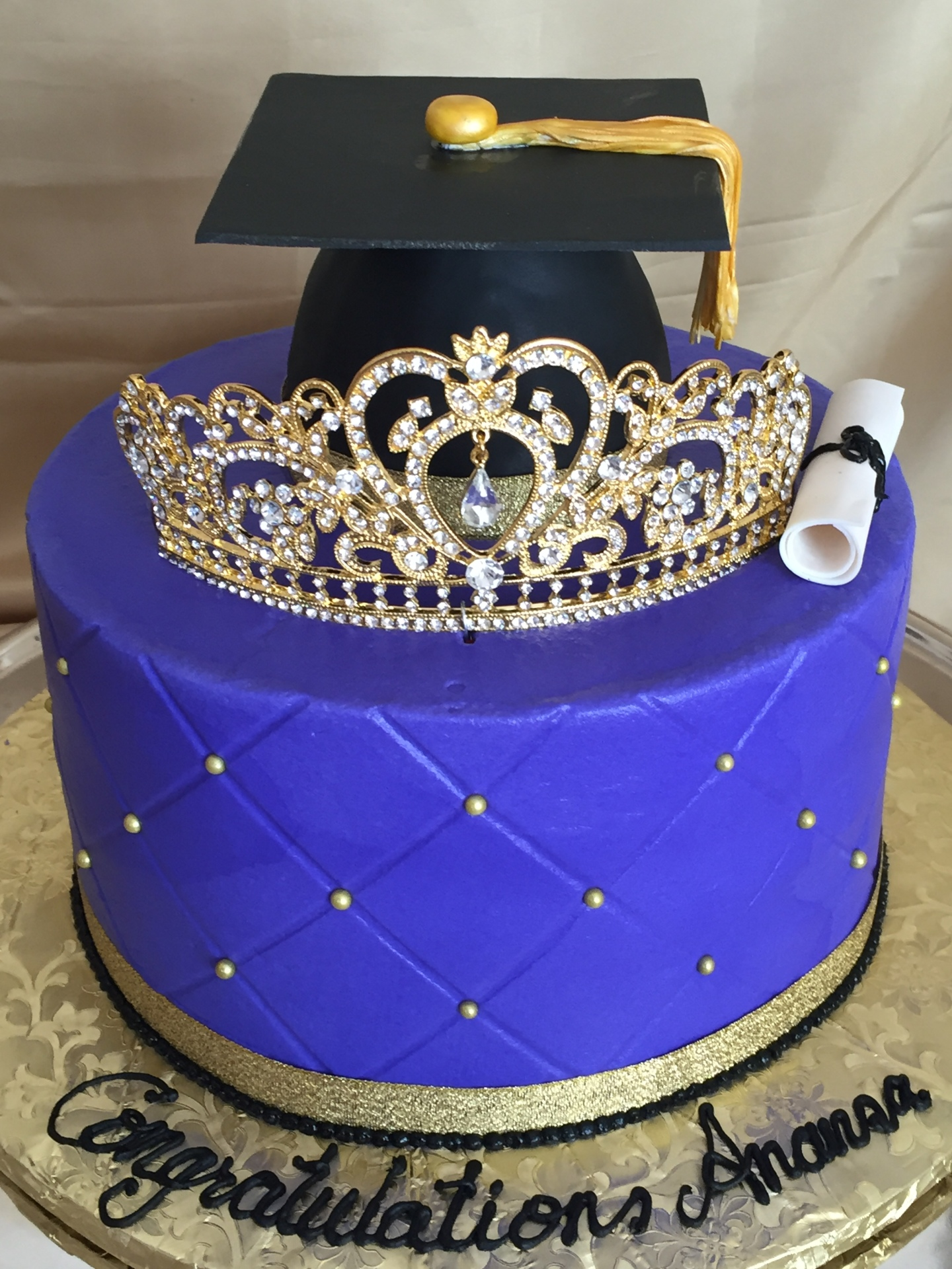 Tiara graduation cake