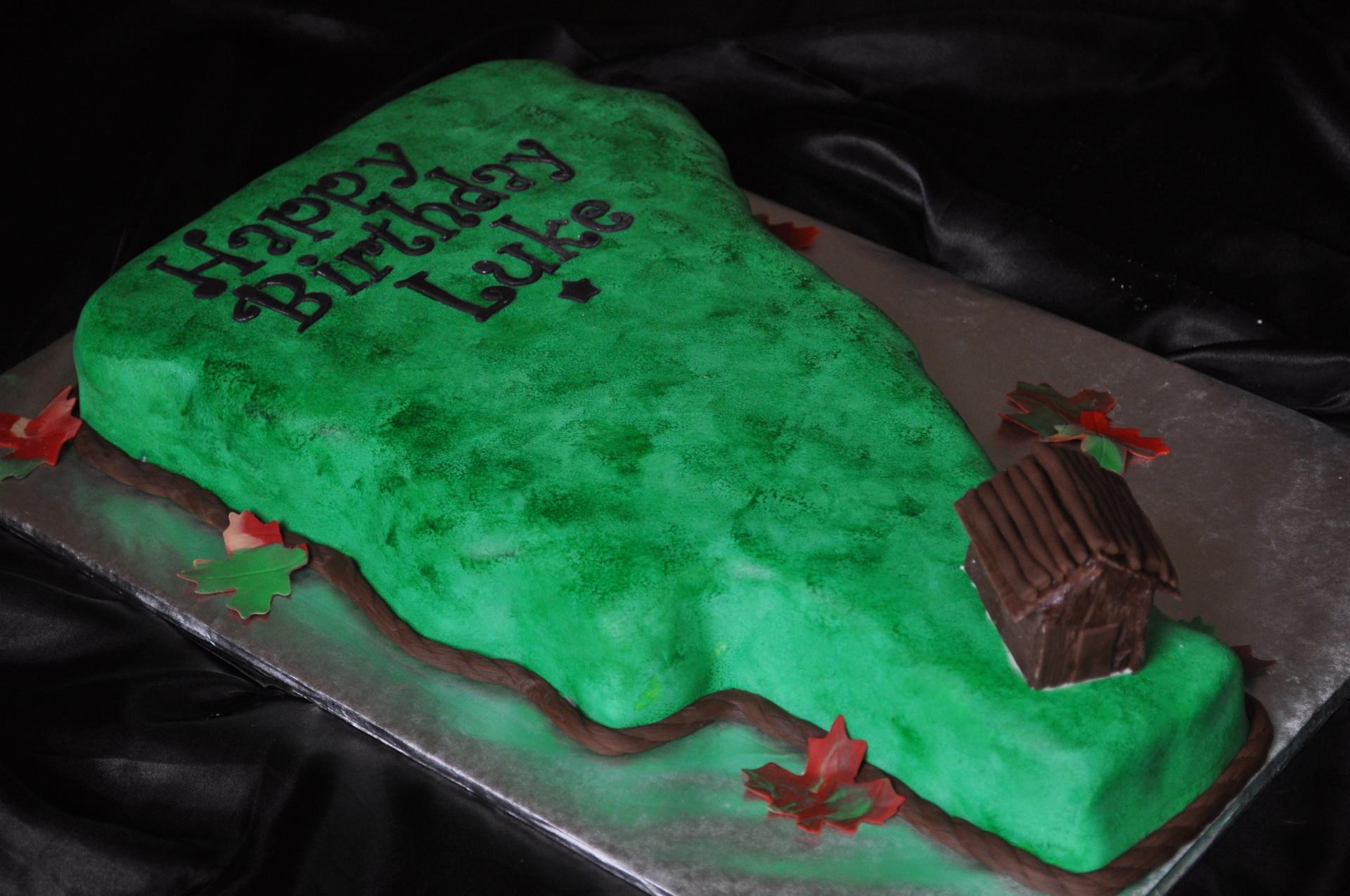 State shape cake , log cabin cake
