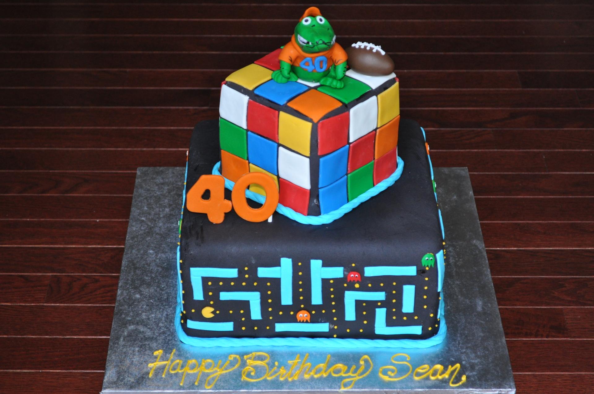 Rubiks Pacman cake
