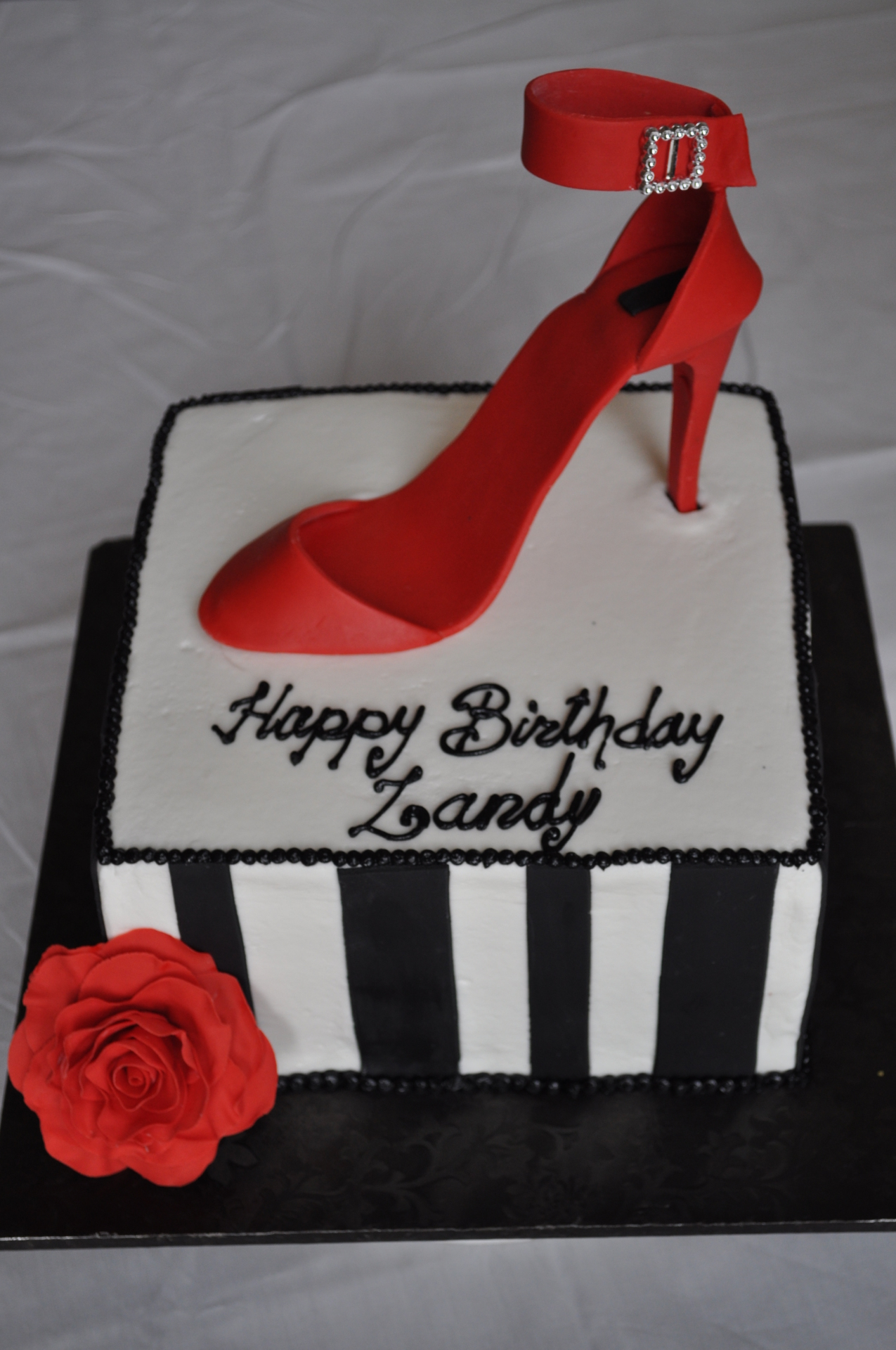 Red heel cake