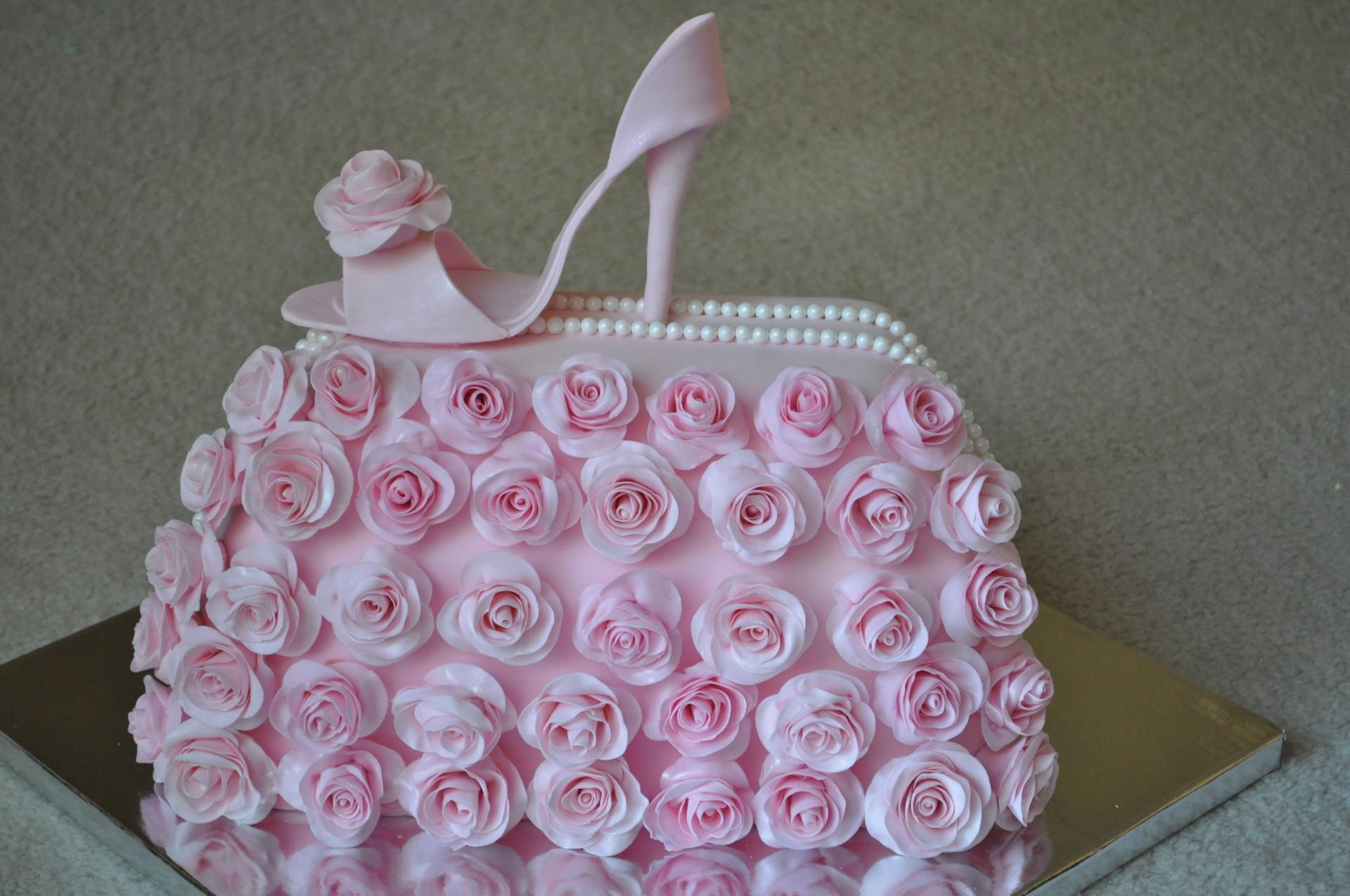 Pink rose handbag and heel