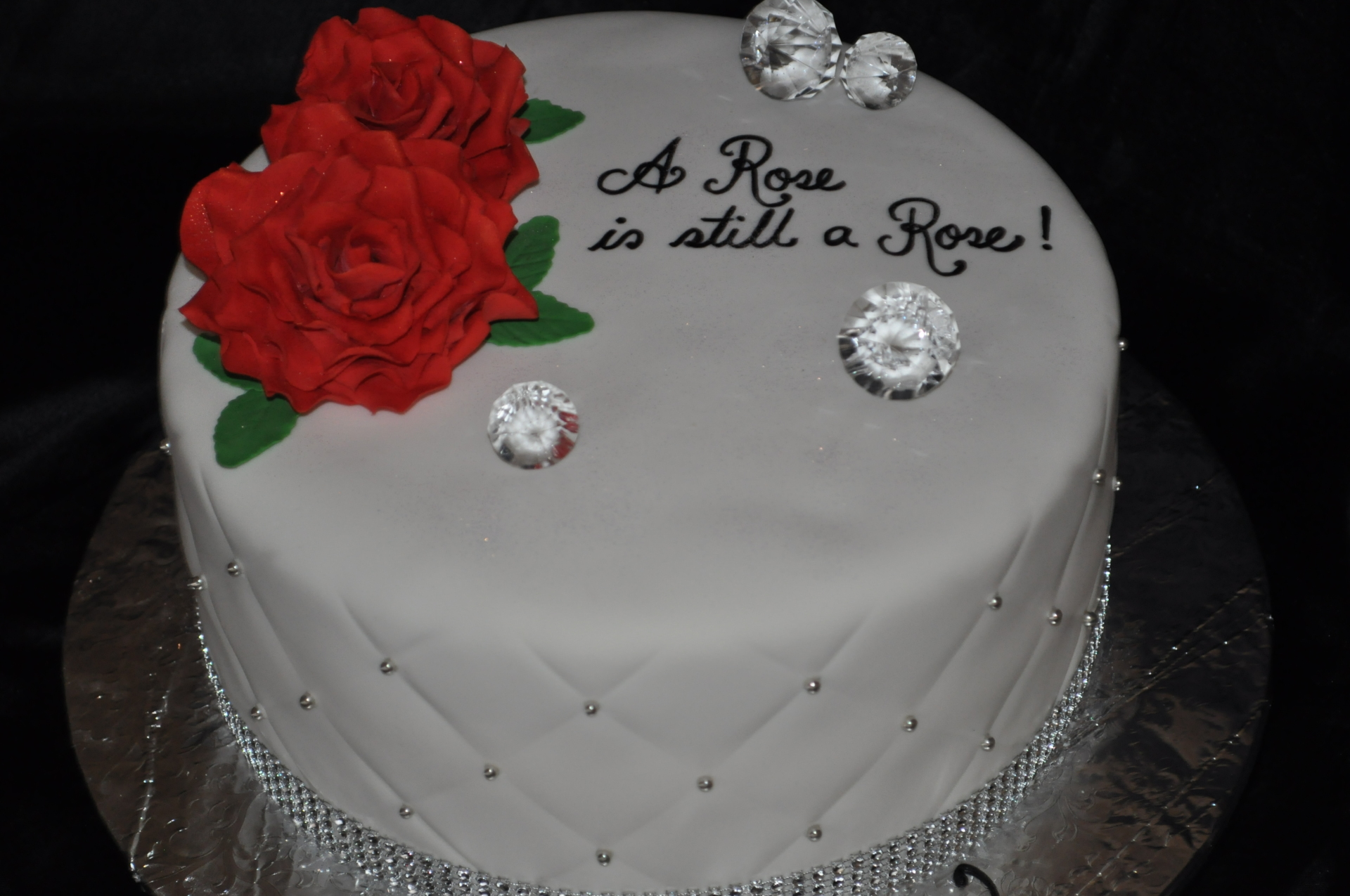 Simple fondant birthday cake,red gumpaste roses
