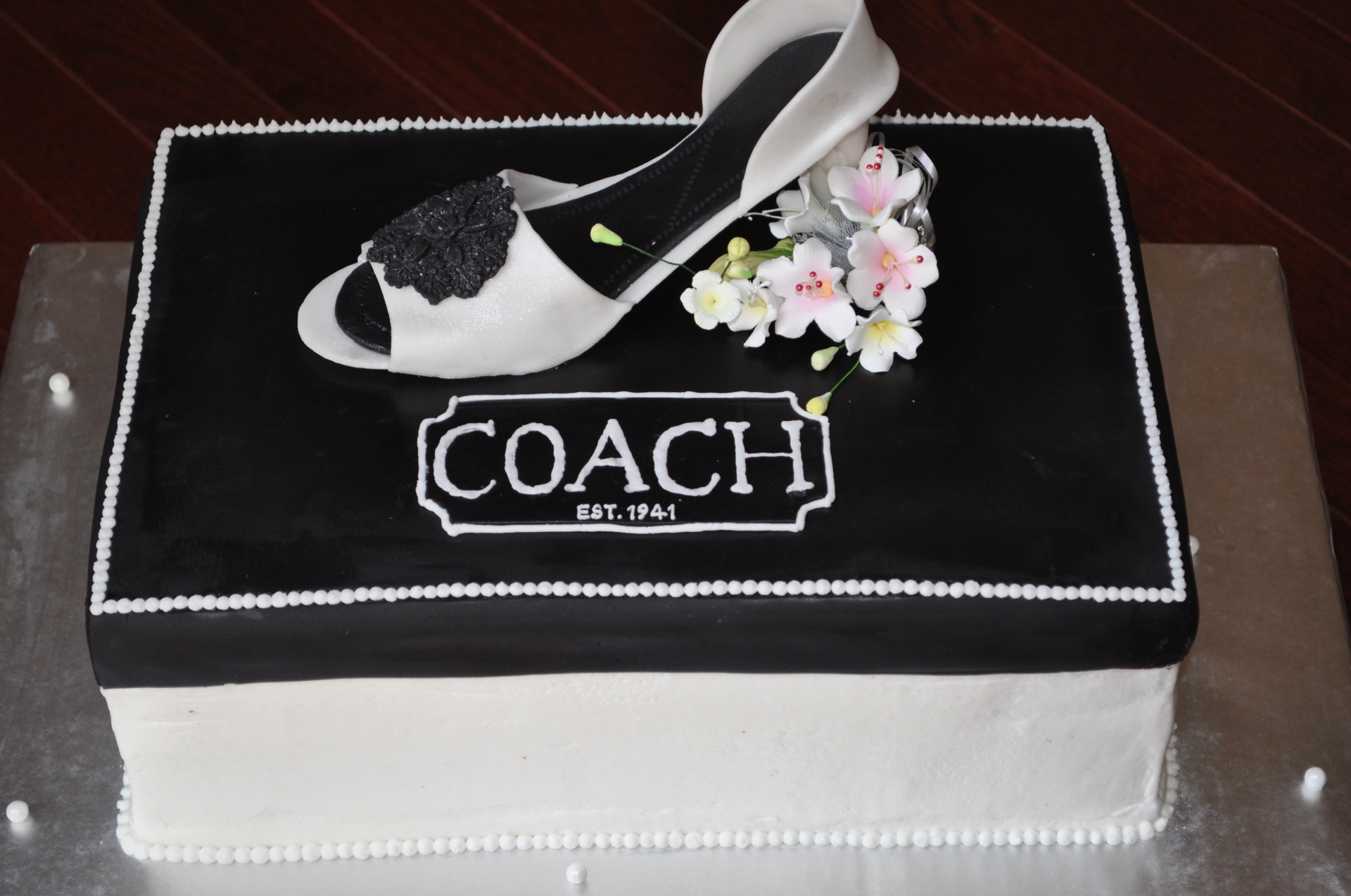 Coach white heel cake,shoe box cake