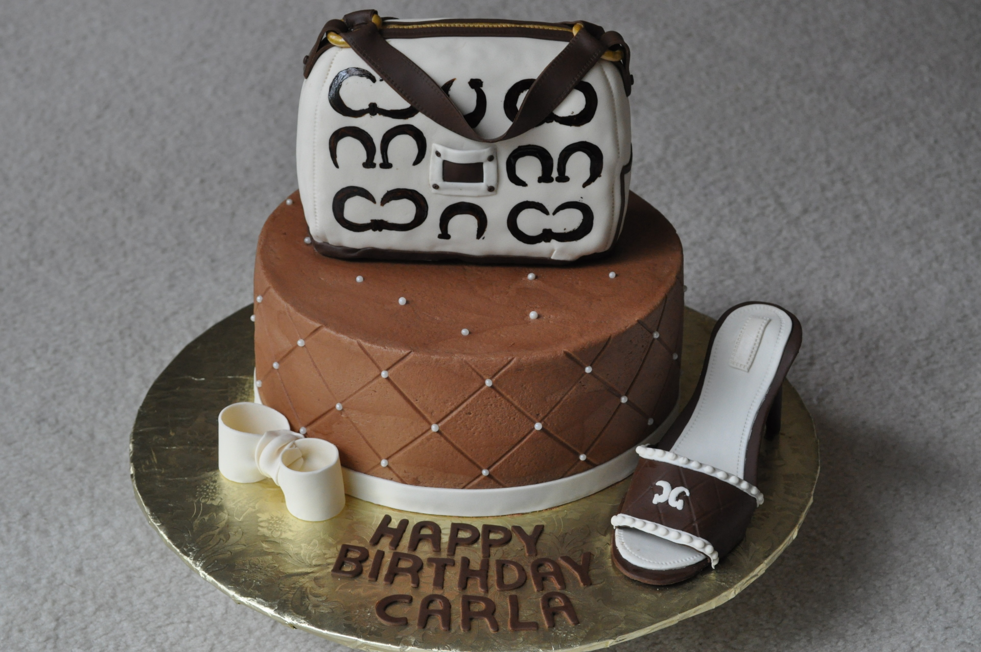 Chanel purse and heel cake-4