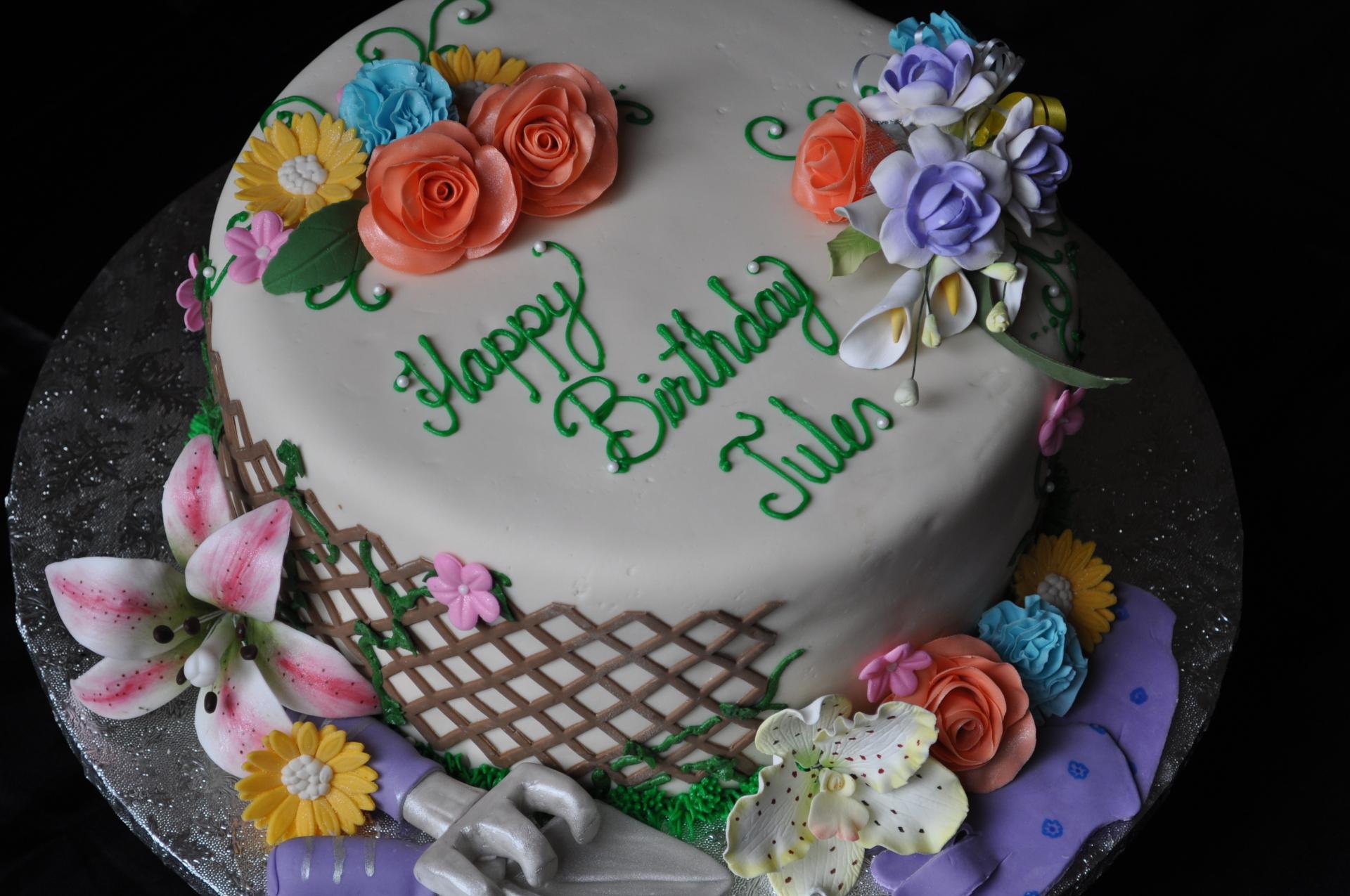 Garden cake, floral cake, gumpaste flowers