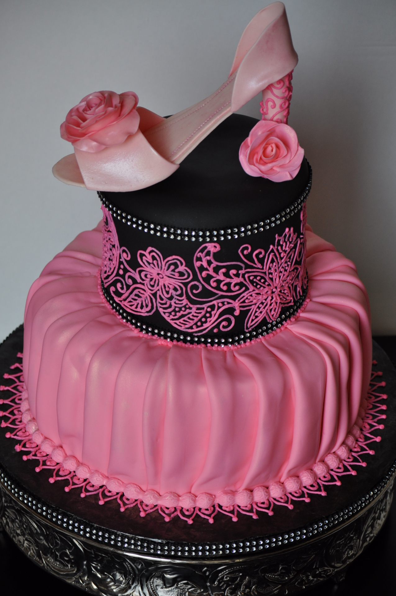 Heels and henna cake-4, pleated draped cake