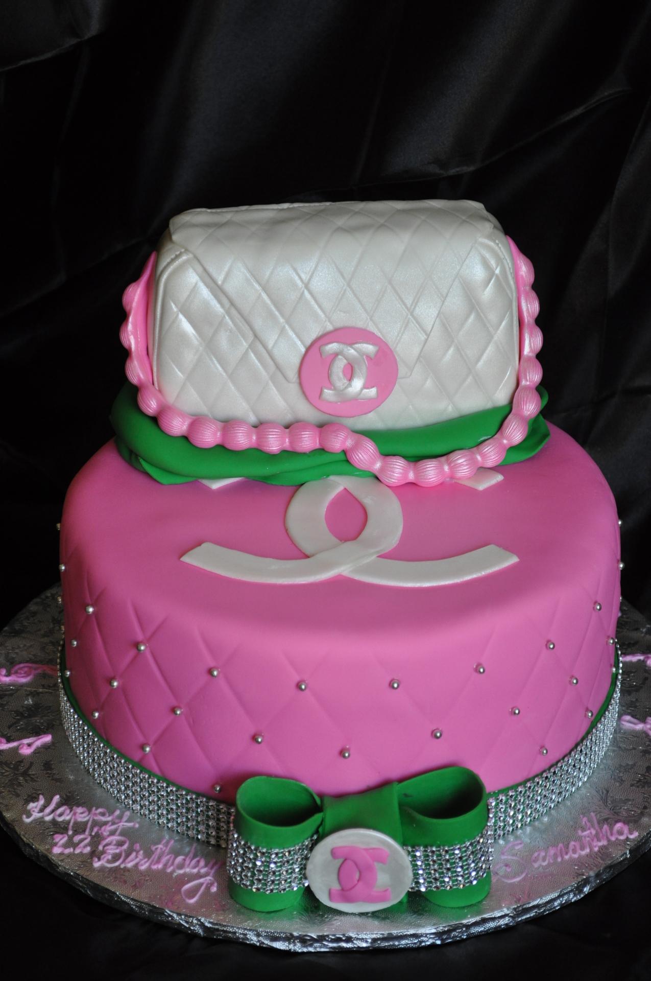 Chanel purse cake-5