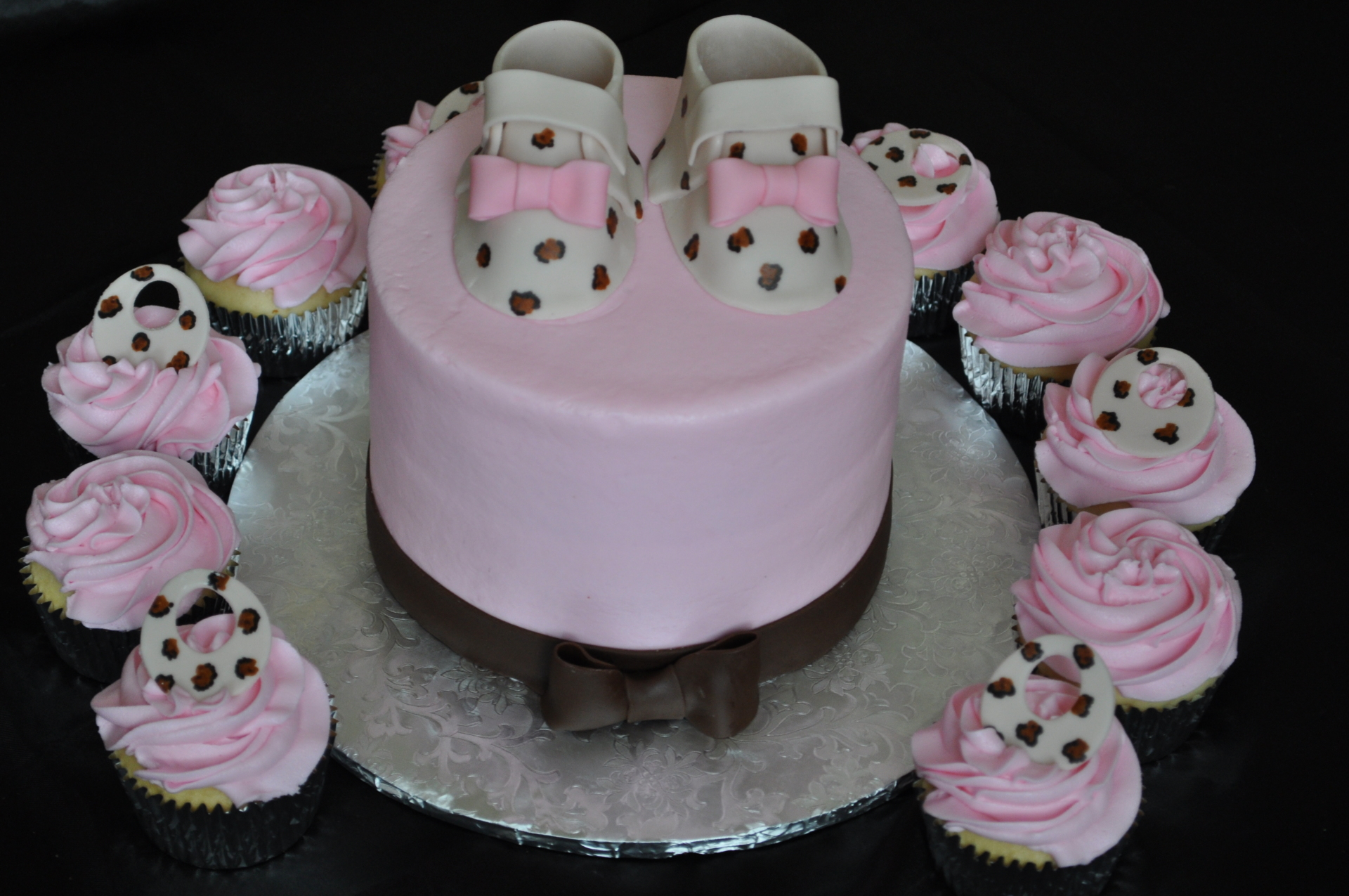 Leaopard print booties baby shower cake cupcakes
