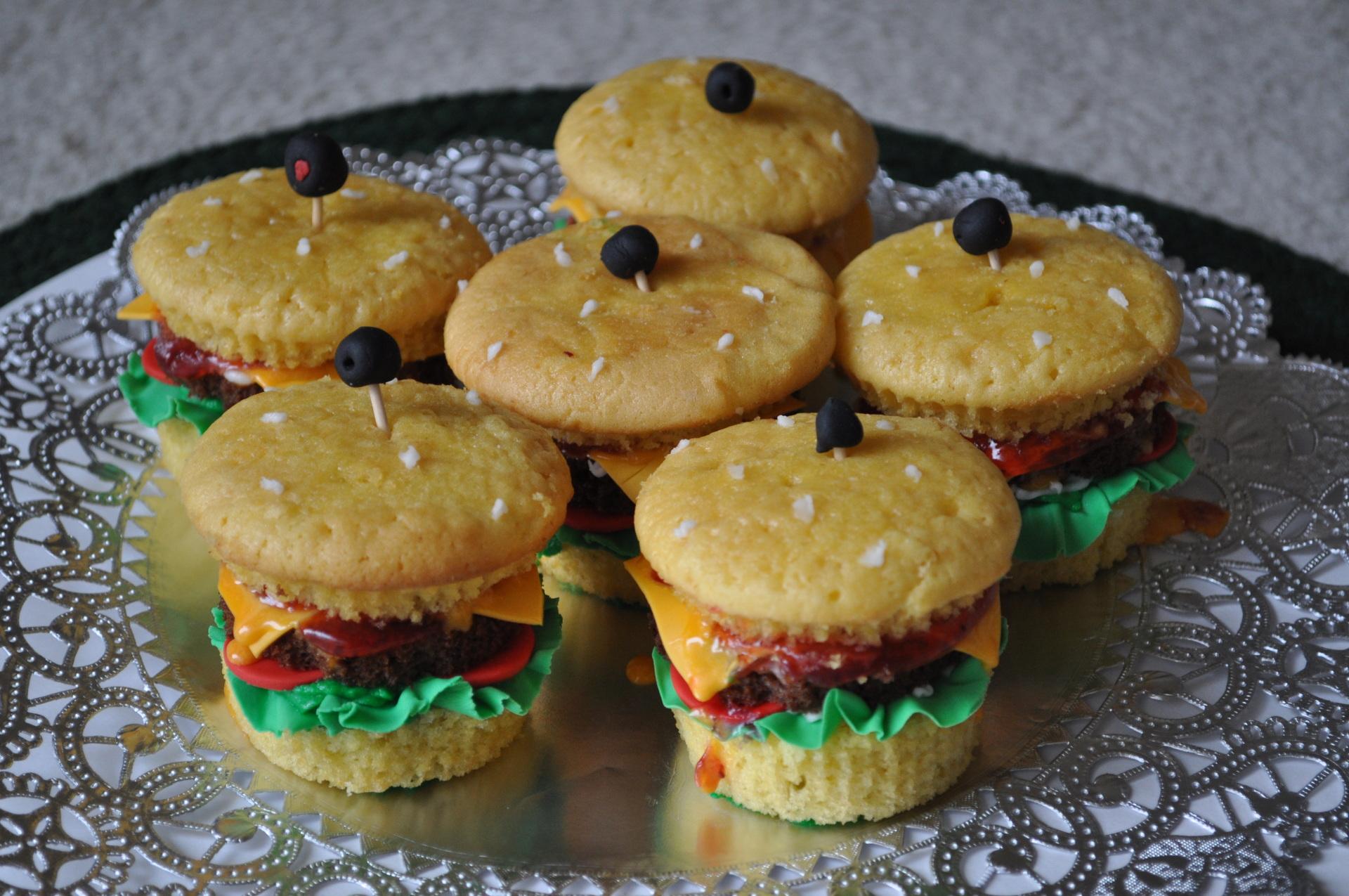Mini burger cupcakes