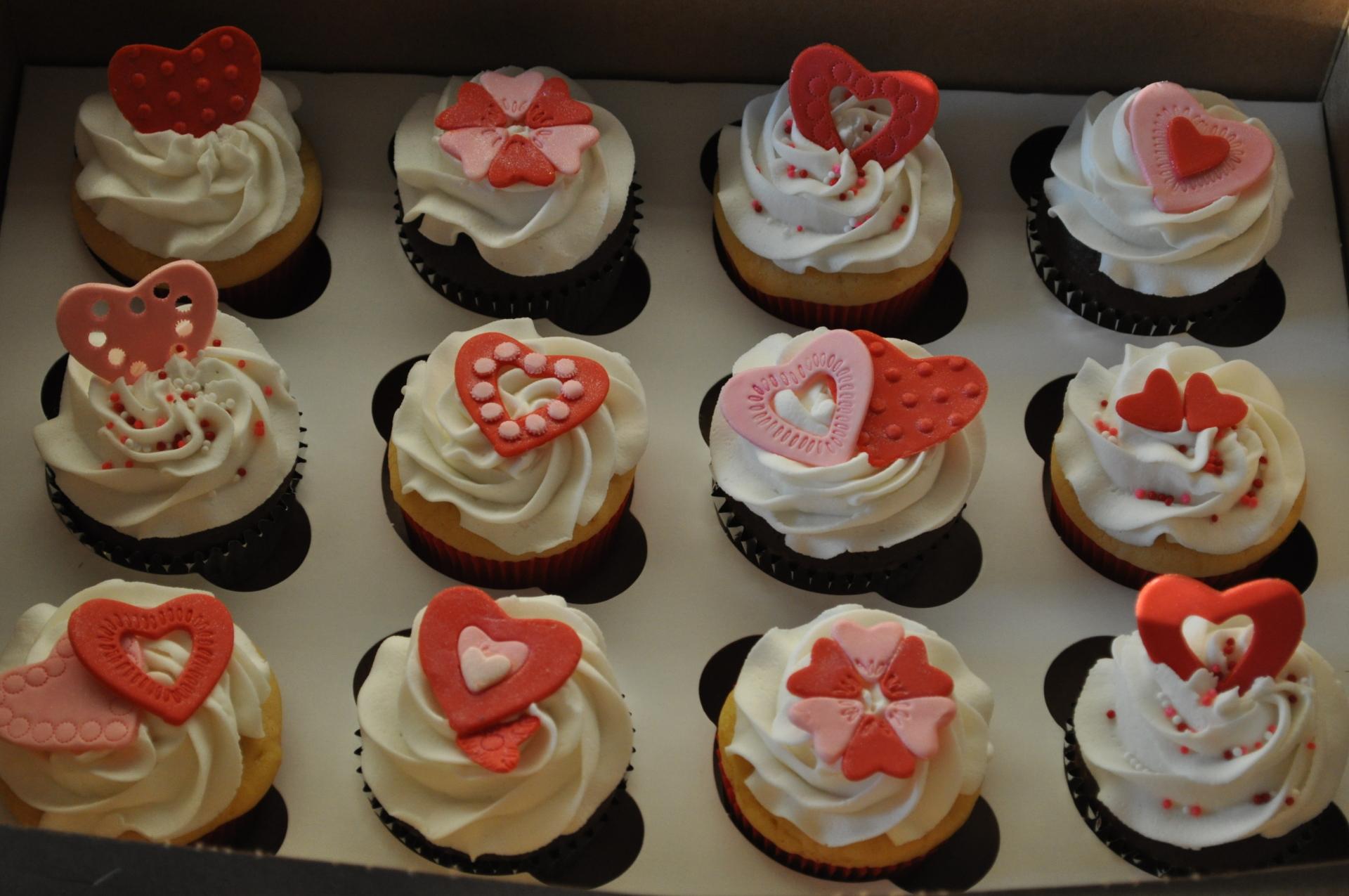 Valentine's cupcakes, anniversary cupcakes