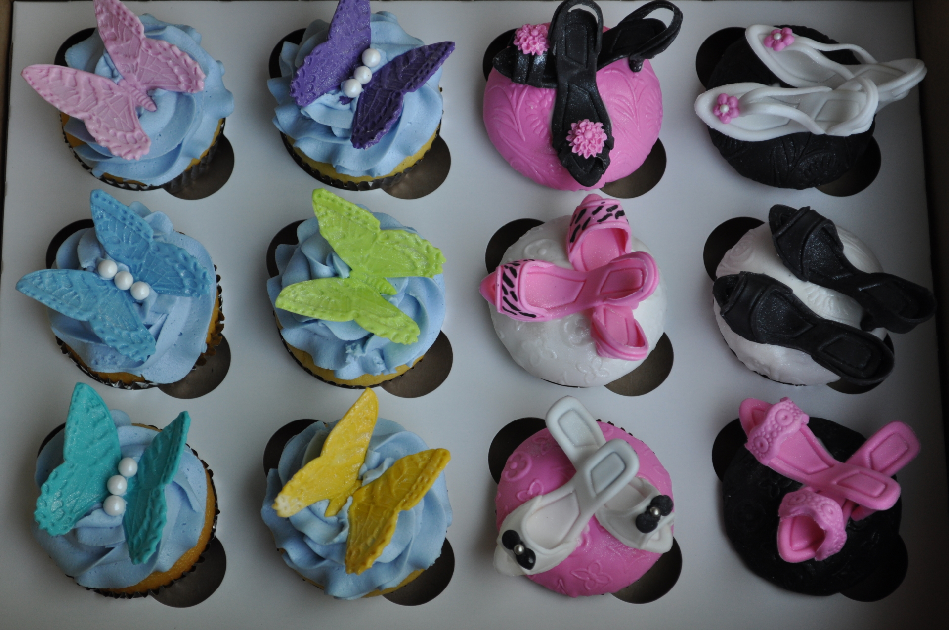 Heels and butterfly custom cupcakes