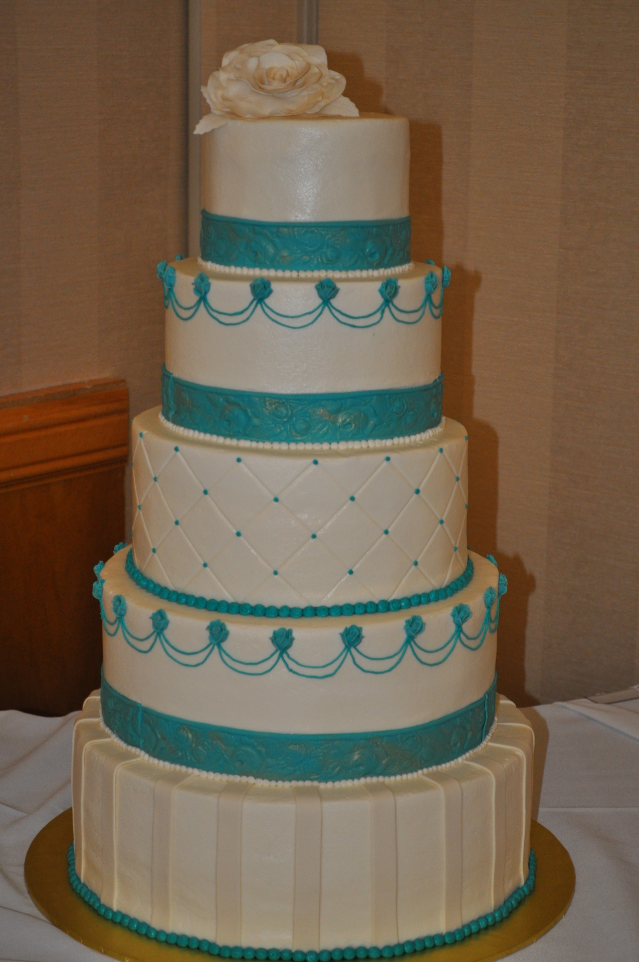 Teal  accents 5 tiers