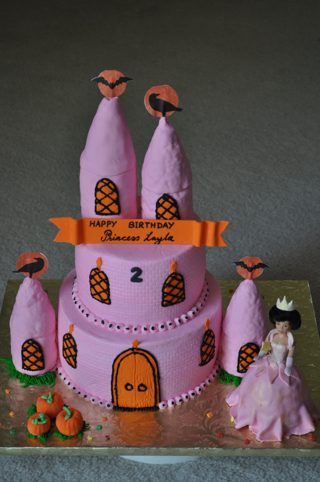 Halloween theme pink castle cake