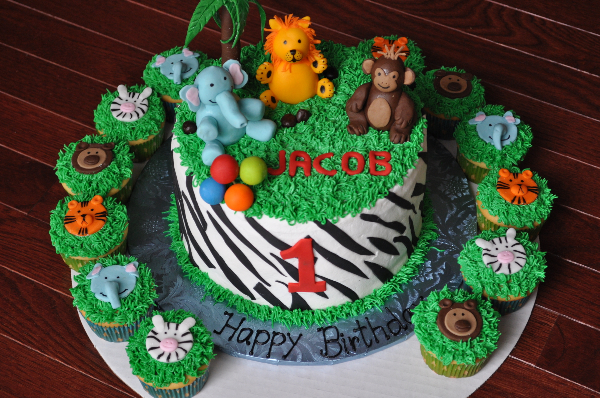 Safari theme 1st birthday cake cupcakes