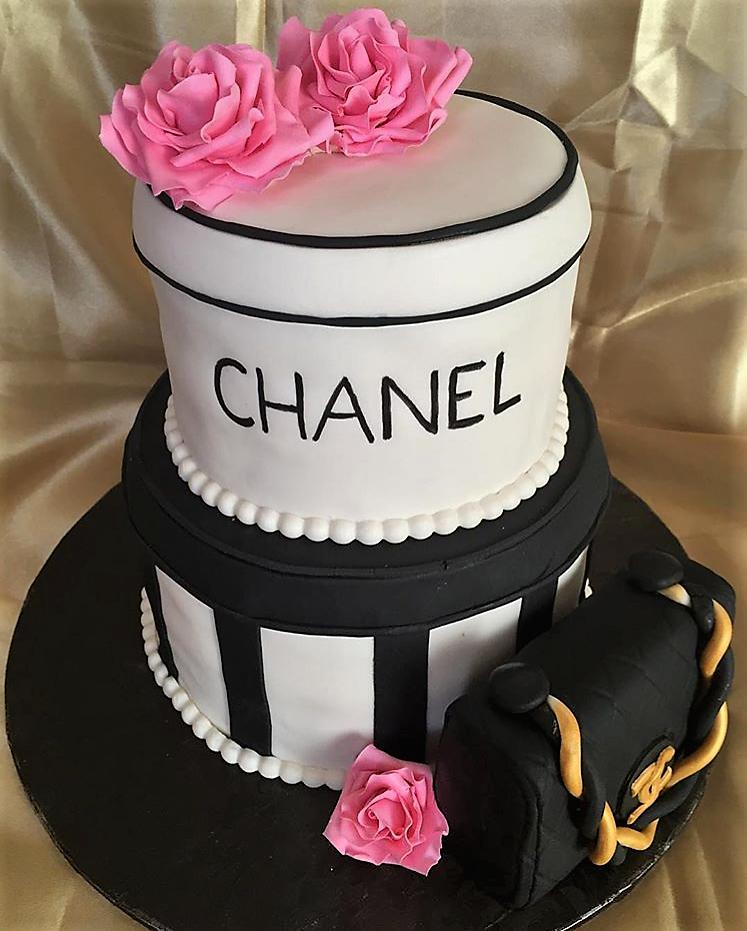 Chanel glam cake