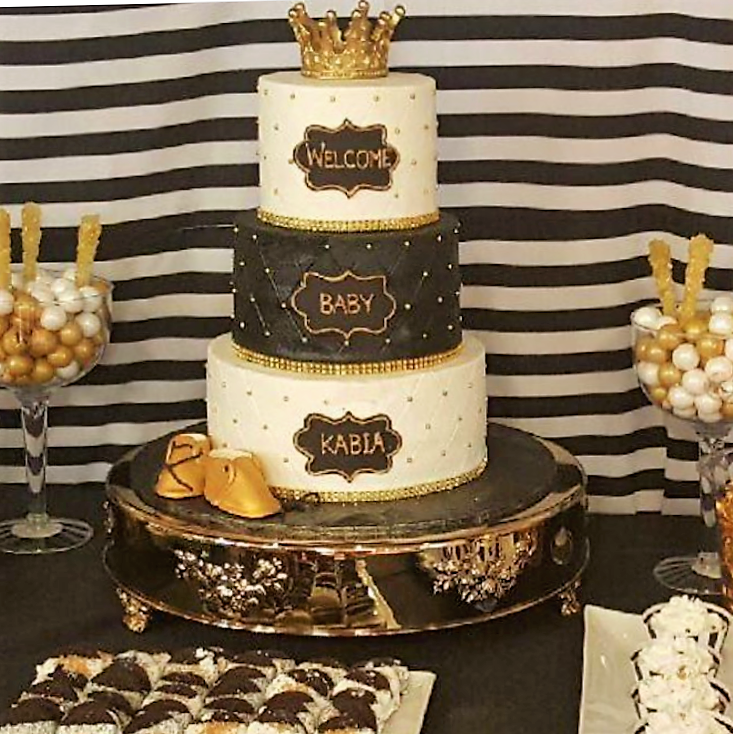 Black and gold 3 tier