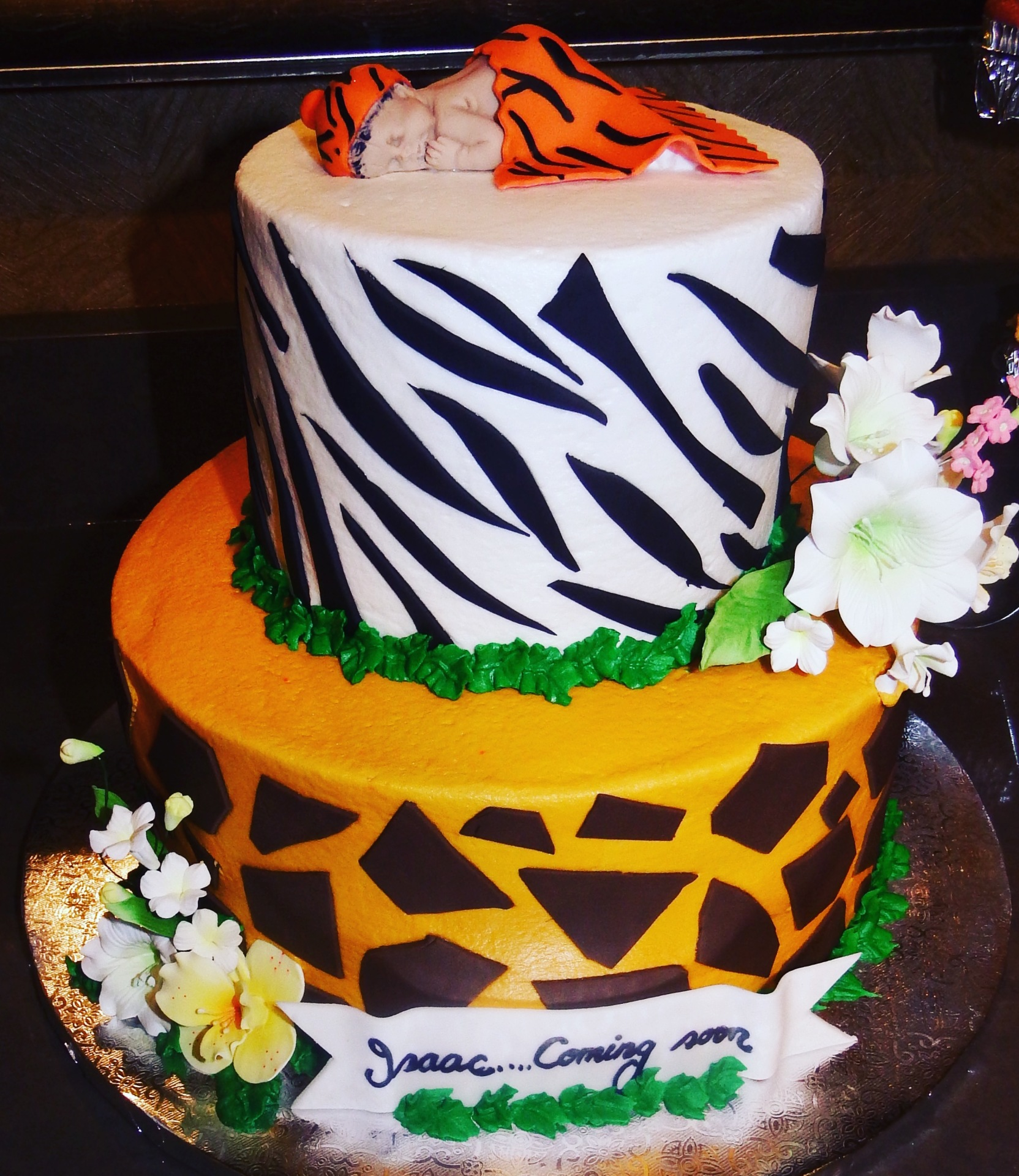Safari theme 2 tiers buttercream