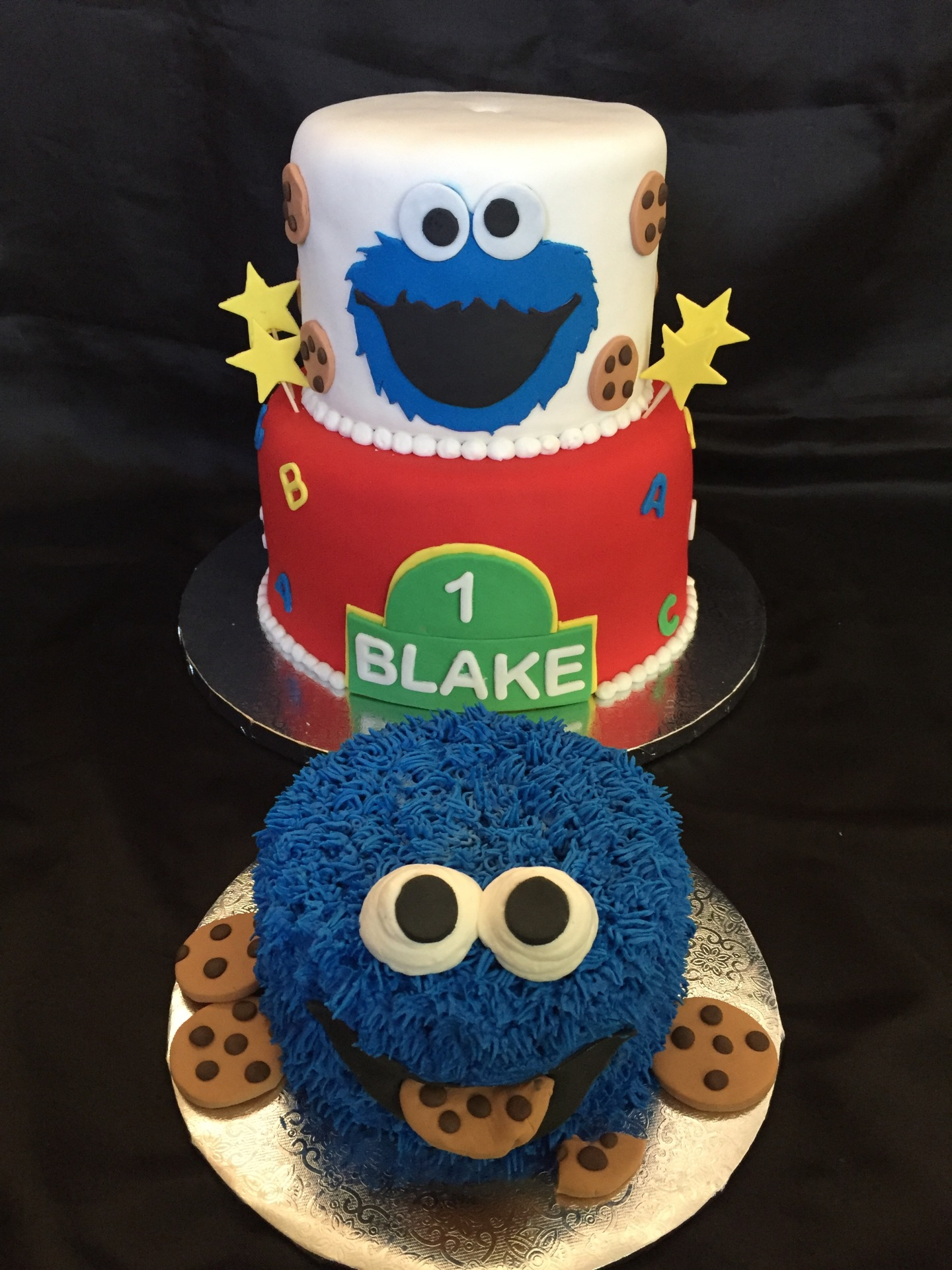 Cookie Monster fondant and smash