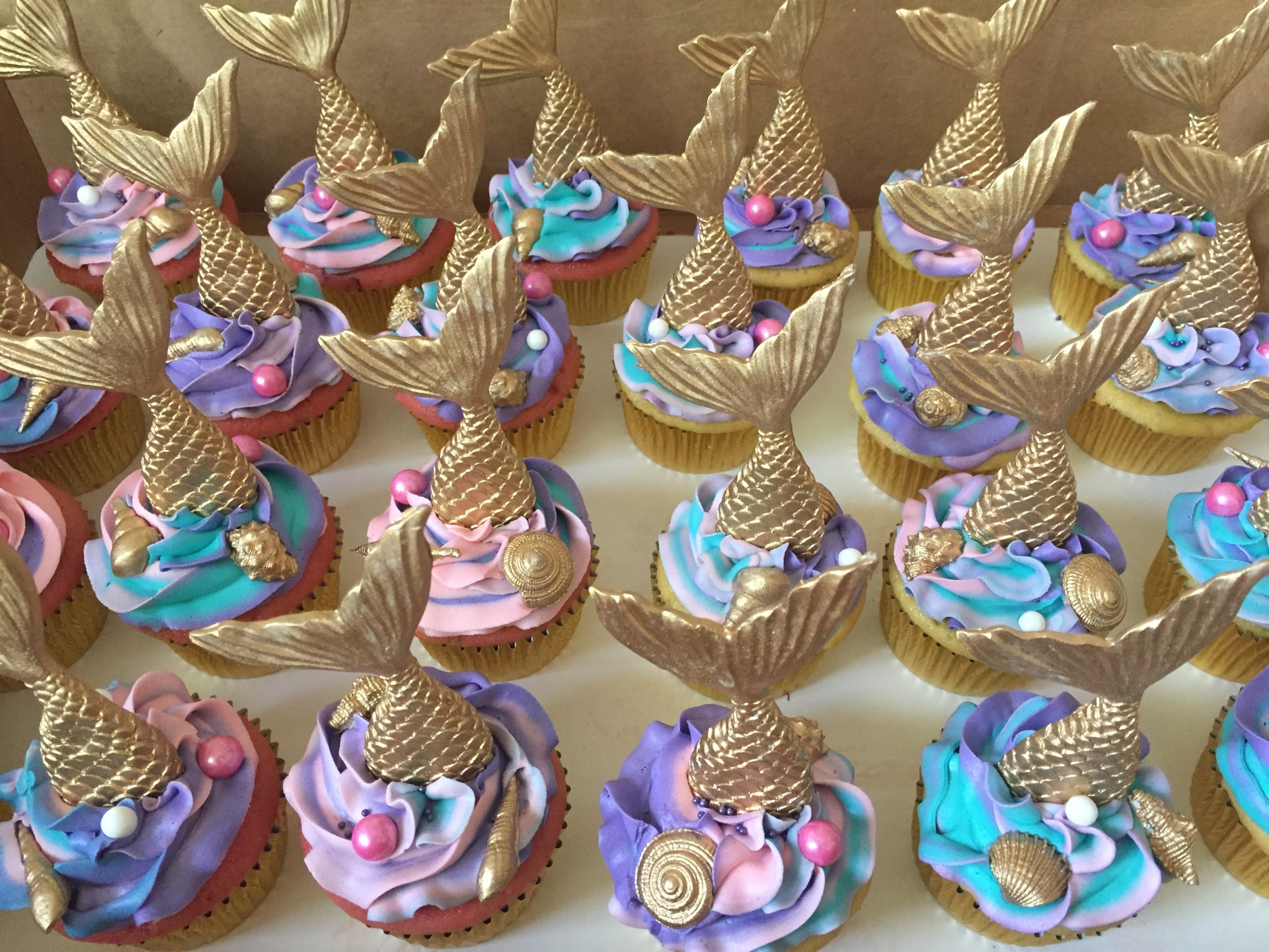 Mermaid and shell toppers