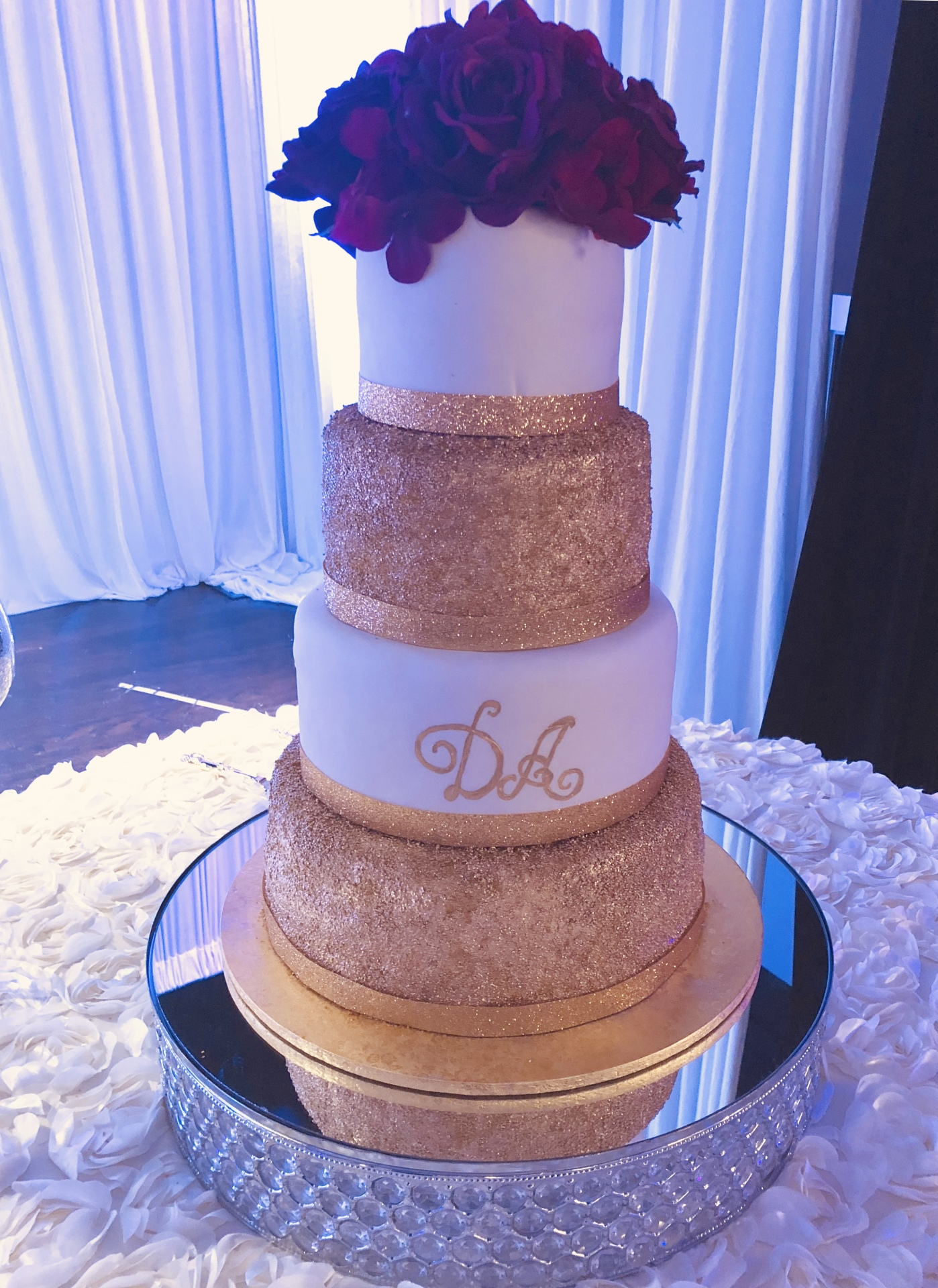 Fondant with glitter gold tiers
