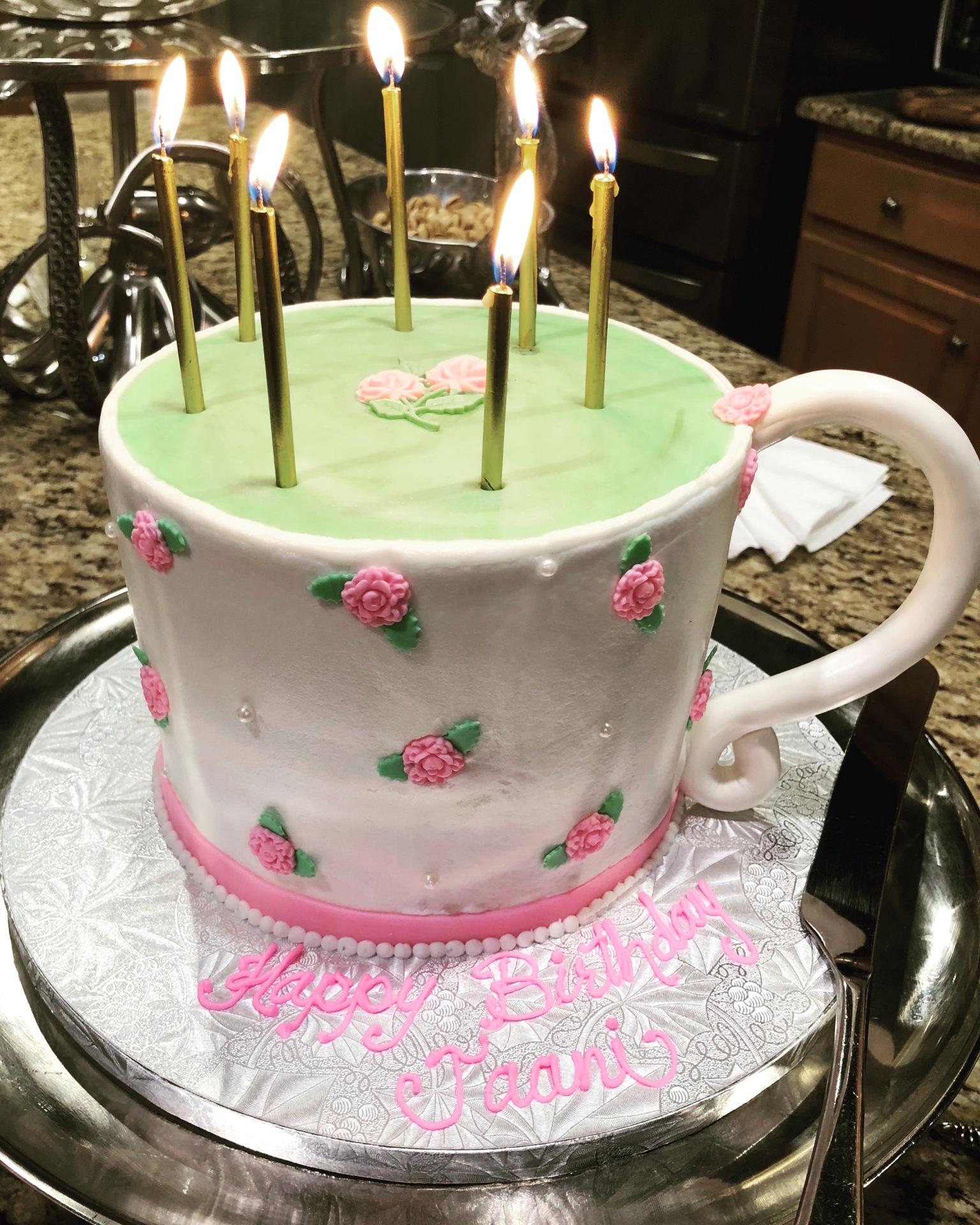 Tea cup buttercream cake