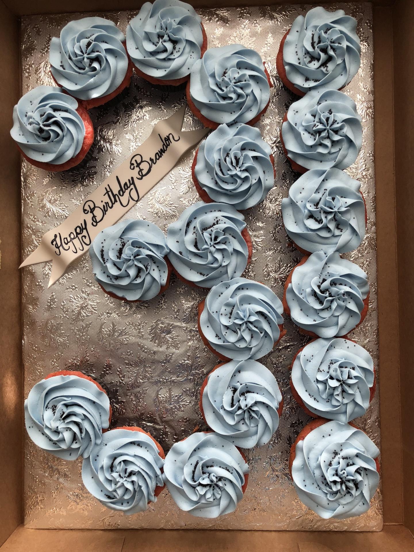 Number cupcake cake