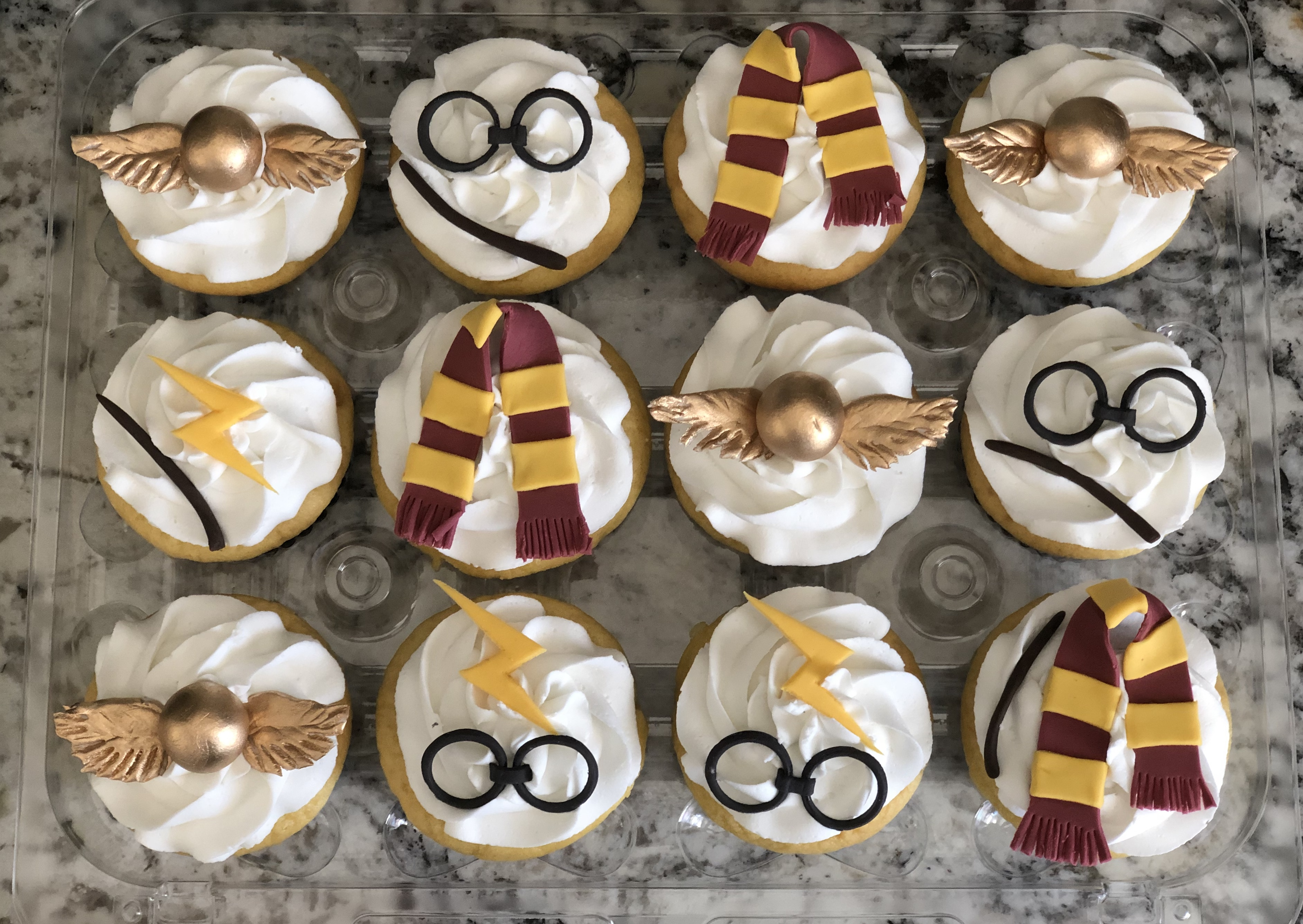 Harry Potter with fondant toppers