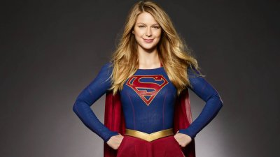 "Supergirl ""Homecoming"" Trailer"