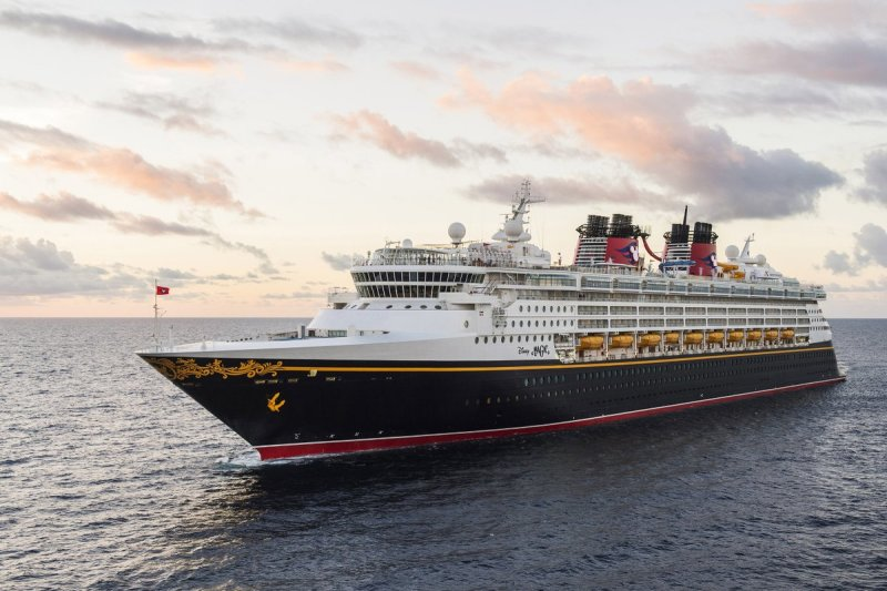Disney Cruise Line Takes Top Awards in 2017 Cruise Critic Cruisers' Choice Awards