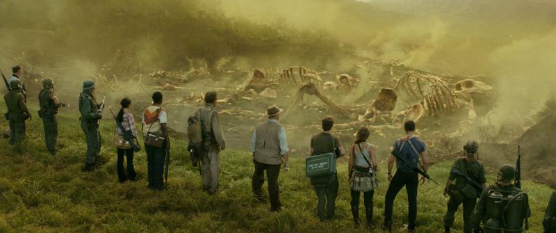 Kong: Skull Island 'Graveyard' Clip