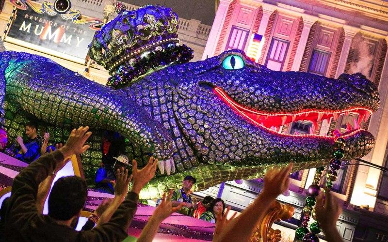 Universal's Mardi Gras French Quarter Food & Drink