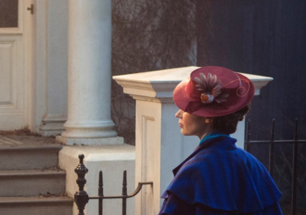 More Pictures from the Set of Mary Poppins Returns (Updated with More Photos)
