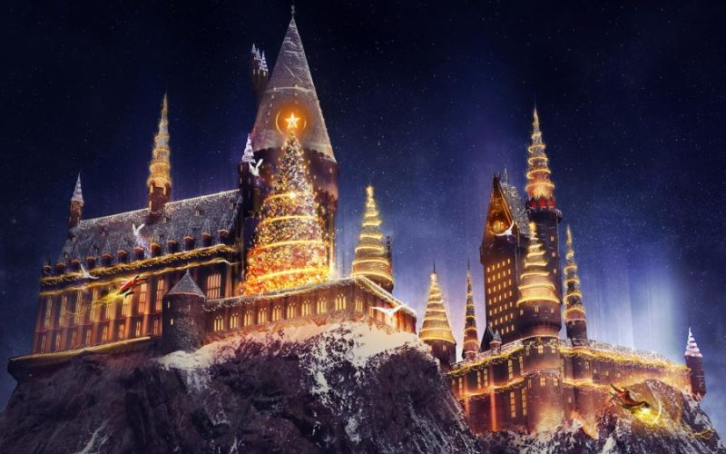 New Holiday Entertainment Including Christmas at The Wizarding Wolrld of Harry Potter