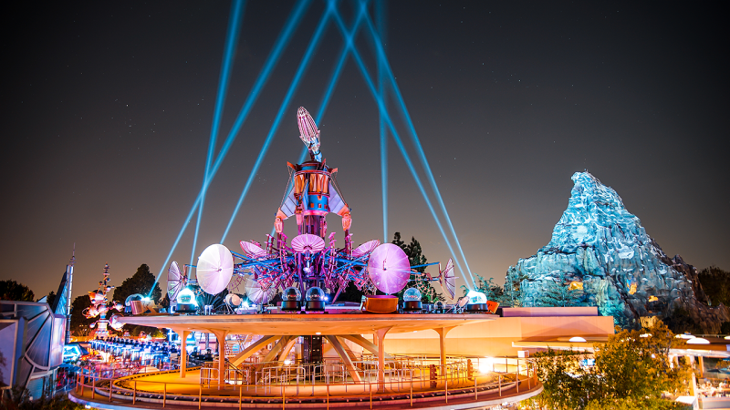 New Tomorrowland Skyline Lounge Experience to Debut in Disneyland Park