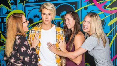 Madame Tussauds Orlando Unveils New Justin Bieber Figure