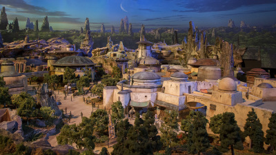 What Disney Parks Fans Loved About the Star Wars Model at the D23 Expo