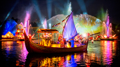 Watch a #DisneyParksLIVE Stream of 'Rivers Of Light'