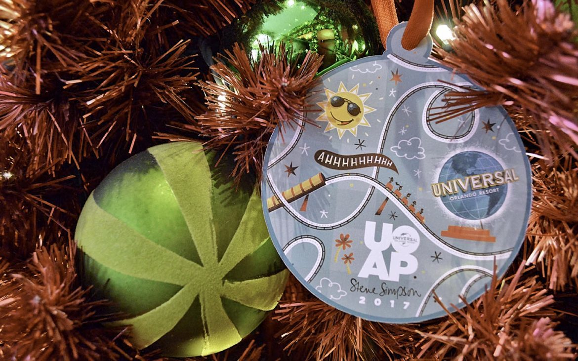 Exclusive Holiday Gift for Annual Passholders
