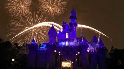 Watch #DisneyParksLIVE Stream of 'Believe … in Holiday Magic' Fireworks from Disneyland Nov. 30